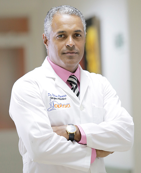 dr-nelson-rosario-socias